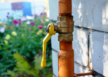Gas Pipe Repair Benefits Of Hiring A Plumber Oppose To DIY & Gas Piping Lacey WA | Gas Pipe Repair Lacey | Gas Pipe Installation